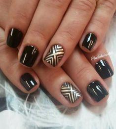 chevron nail art-20 Black Gold Nails, Gold Glitter Nails, Silver Nails, Rhinestone Nails, White Nails, Chevron Nail Art, Nautical Nails, Manicure, Mani Pedi