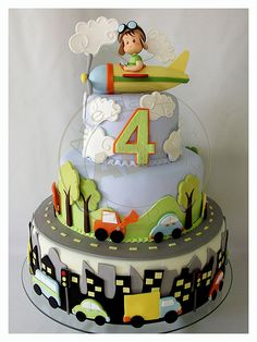Bolo Meios de Transportes. Transportation cake for little boy birthday