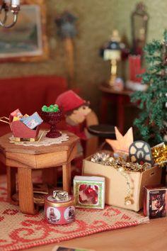 Christmas - Dollhouse Miniature - Dollhouse Vainola blog - Maria Malmstrom