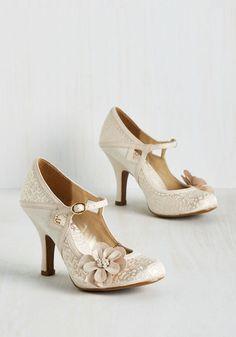 Cute bridal heels!