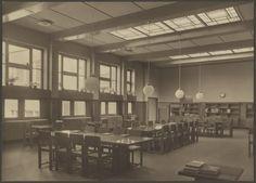 Paets van Troostwijkstraat, filiaal van de Openbare Leeszaal en Bibliotheek