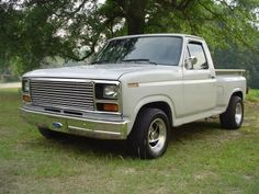 Ford Reviews : 1984 Ford F-150 Review - What My Car Worth