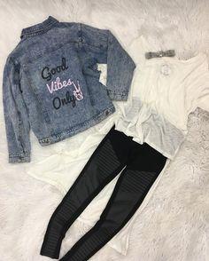 V I B E S   Sierra Choker  Good Vibes Jacket  Justine Tee  Novalee Legging