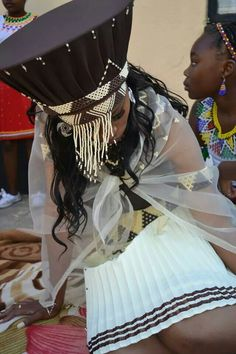 Zulu makoti in South Africa African Wedding Attire, African Attire, African Dress, African Weddings, Zulu Traditional Attire, African Traditional Dresses, African Women, African Fashion, African Style
