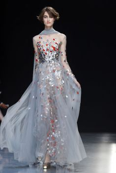 Paris Moda Haftası Haute Couturedefilesi bu yılda birbirinden iddialı tasarımcıların, birbirinden iddialı tasarımlarına ev sahipliği yaptı.