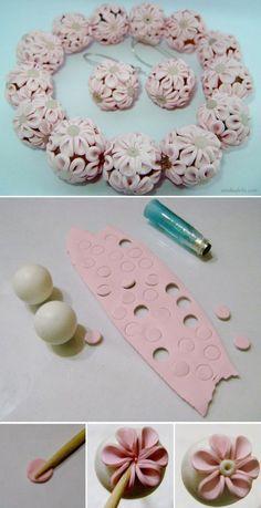 Tuto fimo : Perles fleuries | Bijoux sucrés, Bijoux fantaisie, Bijoux gourmands, Pâte Fimo, Nail Art et Miniatures gourmandes