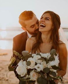 San Diego wedding photos photographer white flowers