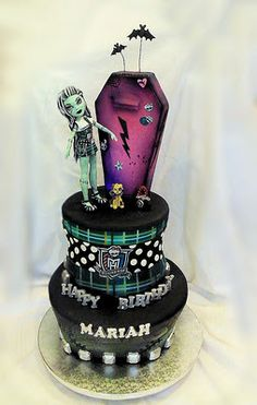 Monster High cake by Cake Rhapsody/Barbarann Garrard