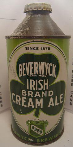 Beverwyck Irish Brand Cream Ale, since 1878 Vintage Beer Signs, Old Beer Cans, Beer Label Design, Irish Beer, Beers Of The World, Beer Snob, Beer Packaging, Beer Recipes, Irish Cream