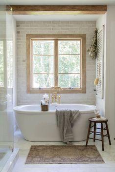 Stand Alone Bathtubs, Stand Alone Tub, Bathroom Renos, Bathroom Interior, Master Bathroom, Bathroom Ideas, Bathtub Ideas, Family Bathroom, Bathroom Inspo