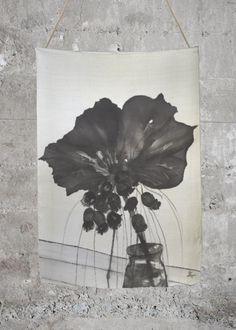 Leather Slimfold Wallet - Black & White Petals by VIDA VIDA vNzCtxnI