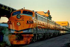 Rio Grande Zephyr in Denver, Colorado Rio Grande, Jorge Martinez, California Zephyr, Railroad Photography, Train Pictures, Old Trains, Train Engines, Diesel Locomotive, Train Tracks