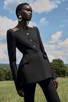 Suit Fashion, High Fashion, Fashion Show, Fashion Dresses, Womens Fashion, Fashion Design, Fashion Trends, Petite Fashion, French Fashion