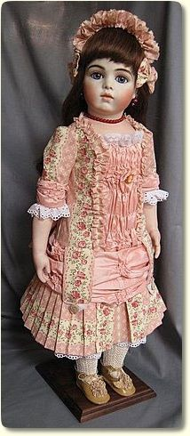 Now that is a dress!  Might have to try my hand at something like this in my upcoming Victorian Series.  ~Shari