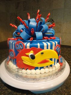 Jayhawk cake!! :) Maybe Mary and Aunt Traci can team up to make this for me when I graduate from KU :)