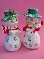 SNOWFLAKE GIRLS w/CONCERTINA & GUITAR * Salt and Pepper Shakers * LEFTON * RARE!