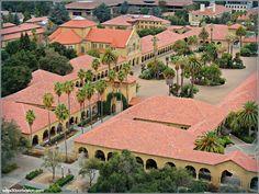 Universidad de Stanford Inner Quad Courtyard & Memorial Church