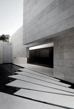 arquitectura moderna monocromática