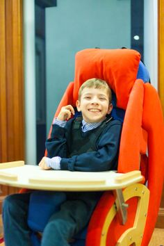 The comforting and flexible relaxation chair for children. Soft, safe and supportive. Adapts to offer greater freedom of movement, or more cocooning comfort and support as required. http://blossomforchildren.co.uk/mobility/181-huggle.html