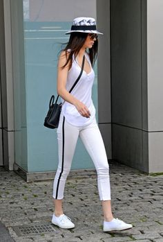 Kendall Jenner (I LOVE THIS OUTFIT!)