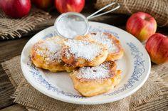 Almás, fahéjas kelt palacsinta régi családi recept szerint: egyáltalán nem bonyolult - Recept   Femina Waffles, Pancakes, French Toast, Sweets, Cookies, Breakfast, Recipes, Food, Drink