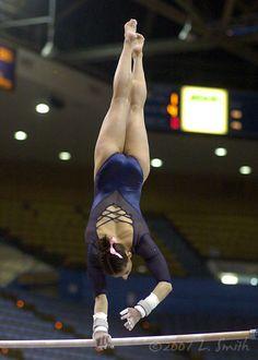 Gymnastics Outfits, Gymnastics Pictures, Gymnastics Girls, Gymnastics Leotards, Amazing Gymnastics, Artistic Gymnastics, Olympic Gymnastics, Gymnastics Posters, Gymnastics Photography
