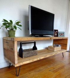 Amazing DIY Industrial TV Stand Designs You Can Create by Yourself - Apartme. - Amazing DIY Industrial TV Stand Designs You Can Create by Yourself – Apartment - Diy Industrial Interior, Industrial Tv Stand, Industrial Home Design, Industrial Hardware, Industrial Vintage, Industrial Pipe, Industrial Bedroom, Diy Furniture Entertainment Center, Entertainment Products