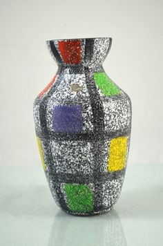 Fifties Bay Vase.   Signed: West Germany
