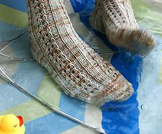 Ravelry: Duckies pattern by Samantha Hayes