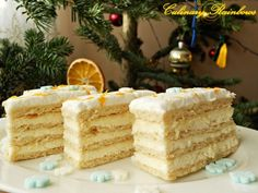 no recipe the link is wrong but it looks yummy Romanian Desserts, Romanian Food, Romanian Recipes, Cake Recipes, Dessert Recipes, Lemon Cream, Pastry Cake, Eat Dessert First, Food Cakes