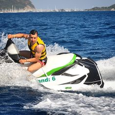 #summer #jetski #watersport Jet Ski, Fast And Furious, Water Sports, Movie Stars, Skiing, Running Shoes, Poses, Lifestyle, Holiday