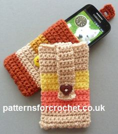 Free crochet pattern for mobile/cell phone cover http://patternsforcrochet.co.uk/phone-cover-usa.html #patternsforcrochet