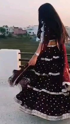 Party Wear Indian Dresses, Indian Gowns Dresses, Indian Bridal Outfits, Dress Indian Style, Indian Fashion Dresses, Indian Designer Outfits, Girls Fashion Clothes, Beautiful Dress Designs, Stylish Dress Designs
