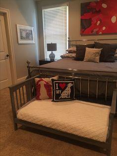 Diy Dog Bed 15 is part of Dog house diy - Diy Dog Bed 15 Dog Bedroom, Master Bedroom, Teen Bedroom, Diy Dog Bed, Large Dog Bed Diy, Dog Furniture, Cheap Furniture, Bedroom Furniture, Furniture Design