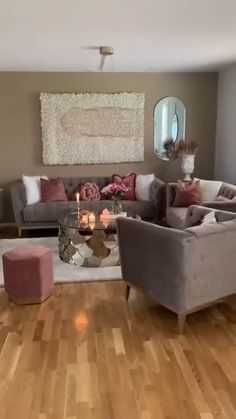 Decor Home Living Room, Glam Living Room, Living Room Seating, Living Room Colors, Living Room Ideas With Grey Walls, Living Room Tables, Dark Wood Furniture Living Room, Furniture Decor, Minimalist Living Room Furniture