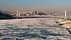 Napfény a jégen - jégzajlás a Dunán