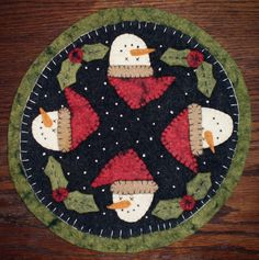 Free Primitive Wool Patterns | Pattern Penny Rug Candle Mat Snowmen Holly Wool Easy | eBay