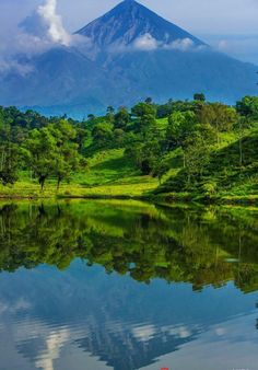 The land scape around the volcanos Santa Maria and Santiaguito in Quetzaltenango, Guatemala.