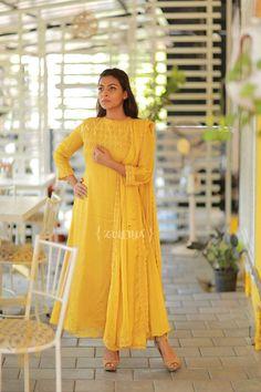 Simple Kurta Designs, Silk Kurti Designs, Churidar Designs, Kurta Designs Women, Blouse Designs, Event Dresses, Casual Dresses, Fashion Dresses, Indian Designer Outfits