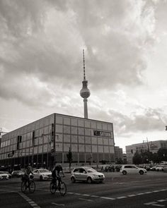Just an usual day at #alexanderplatz #berlin.  #germany #architecture #tvtower #fernsehturm #monochrome #lines #minimalism #blackandwhite #bw #city #cities #travelphotography #travelgram #mytinyatlas #design #street #travel #building #town #cityscape...