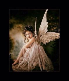 You too can be an artist when you paint with Diamonds! Every kit gives you a chance to create a work of art you can be proud of. This diamond painting kit Fairy Photography, Children Photography, Portrait Photography, Fairy Pictures, Angel Pictures, Foto Fantasy, Fantasy Art, Fairy Photoshoot, Fairies Photos