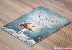 Résumé (quatrième de couverture) : au cœur d'un paysage de blanc et de glace, un bonhomme de neige trônait comme un roi. Une nuit, un petit oiseau tomba dans ses bras. Le bonhomme hésita, le glissa dans son écharpe… Ensemble,... Lire la suite →
