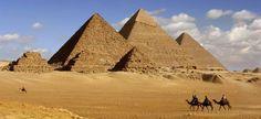 the amazing pyramids of giza