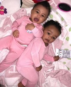 Stormi and Chicago Slumber Party! Kylie Jenner Shares Adorable Photo of Cousins Stormi and Chicago Snuggled Up Together. The Kardash. Lil Baby, Baby Kind, Pretty Baby, Baby Love, Pretty Kids, Kim Kardashian, Kardashian Kollection, Kardashian Family, Cute Black Babies