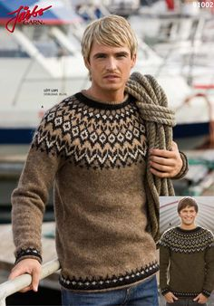 Classic sweater made of Icelandic wool.