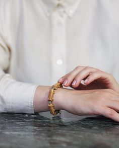 7 vind-ik-leuks, 1 reacties - GESTURES.SHOP (@gestures.shop) op Instagram: 'En Voyage! Connection is a unique stone bracelet that can thoughtlessly wheel around your wrist.…' Stone Bracelet, Connection, Wedding Rings, Engagement Rings, Bracelets, Unique, Shop, Instagram, Jewelry