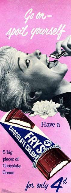 Fry's Chocolate Cream - first produced in 1866 - ad appeared in the July 1955 issue of Picture Post . Still one of my favourite chocolate bars. Retro Advertising, Vintage Advertisements, My Childhood Memories, Sweet Memories, Fashion Art, Pop Art, Retro Sweets, Chocolate Cream, Chocolate Bars