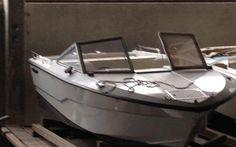 CRAMAR STAMPY 570 Zustand ist gut. Neue Polster, Transportplane, Verdeck, Kabine, Bilgenpumpe, Kompass. 2012 wurden Polster, Plane, Scheuerleiste und Schale neu gemacht. Boot ab Platz 8000 Chf. Boot aufbereitet und ab Service und MFK: 14900 Chf