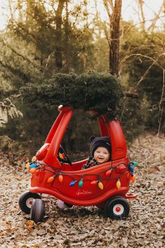 Christmas Baby Photo six month old photos, six month baby pictures, picture ideas, Christmas baby photo ideas, six month boy … Baby Boy Pictures, Newborn Pictures, Boy Photos, Family Christmas Pictures, Holiday Pictures, Christmas Baby, Christmas Tree, Xmas, Milestone Pictures