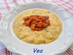 Hungarian Recipes, Okra, Cheeseburger Chowder, Food And Drink, Soup, Healthy Recipes, Dishes, Chicken, Meat
